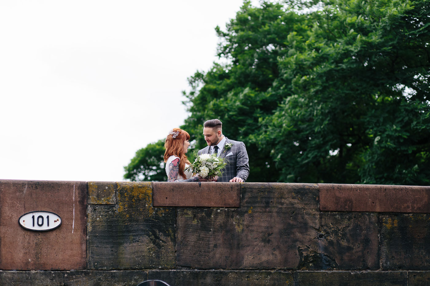 natural wedding portraits in castlefield