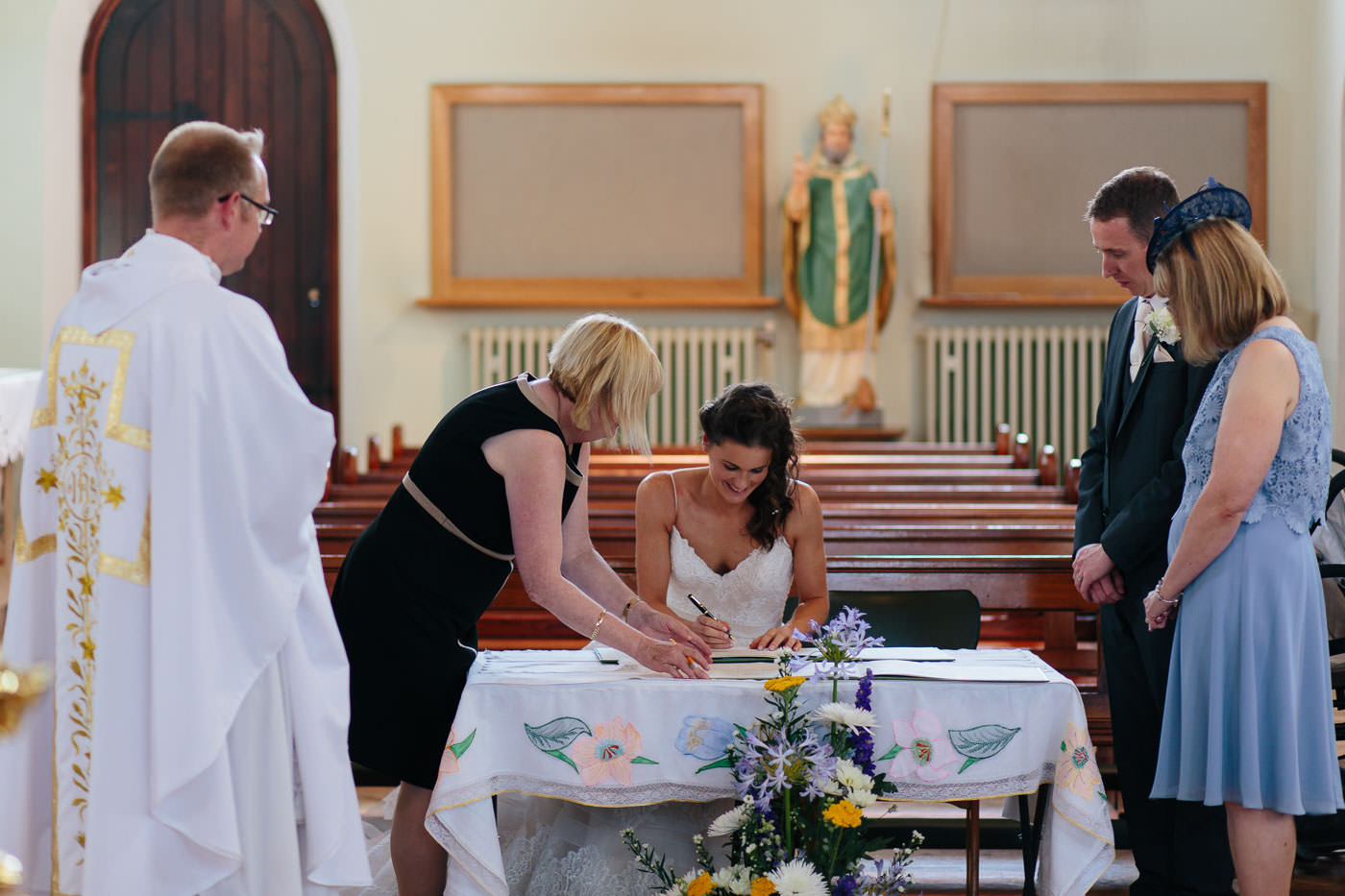 signing of the marriage register