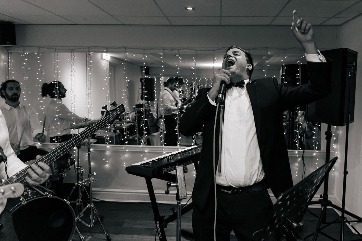 wedding singer at sparth house