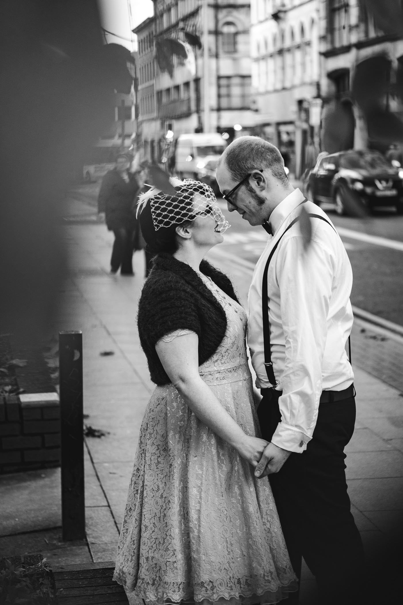 Manchester couple shoot with pedestrians in the background