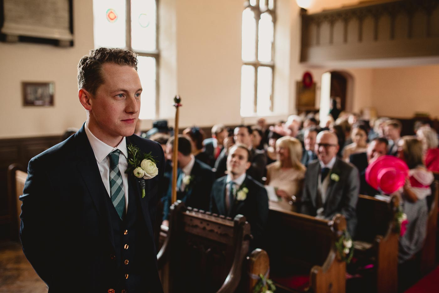 Groom waiting for bride in church, Natural wedding moments