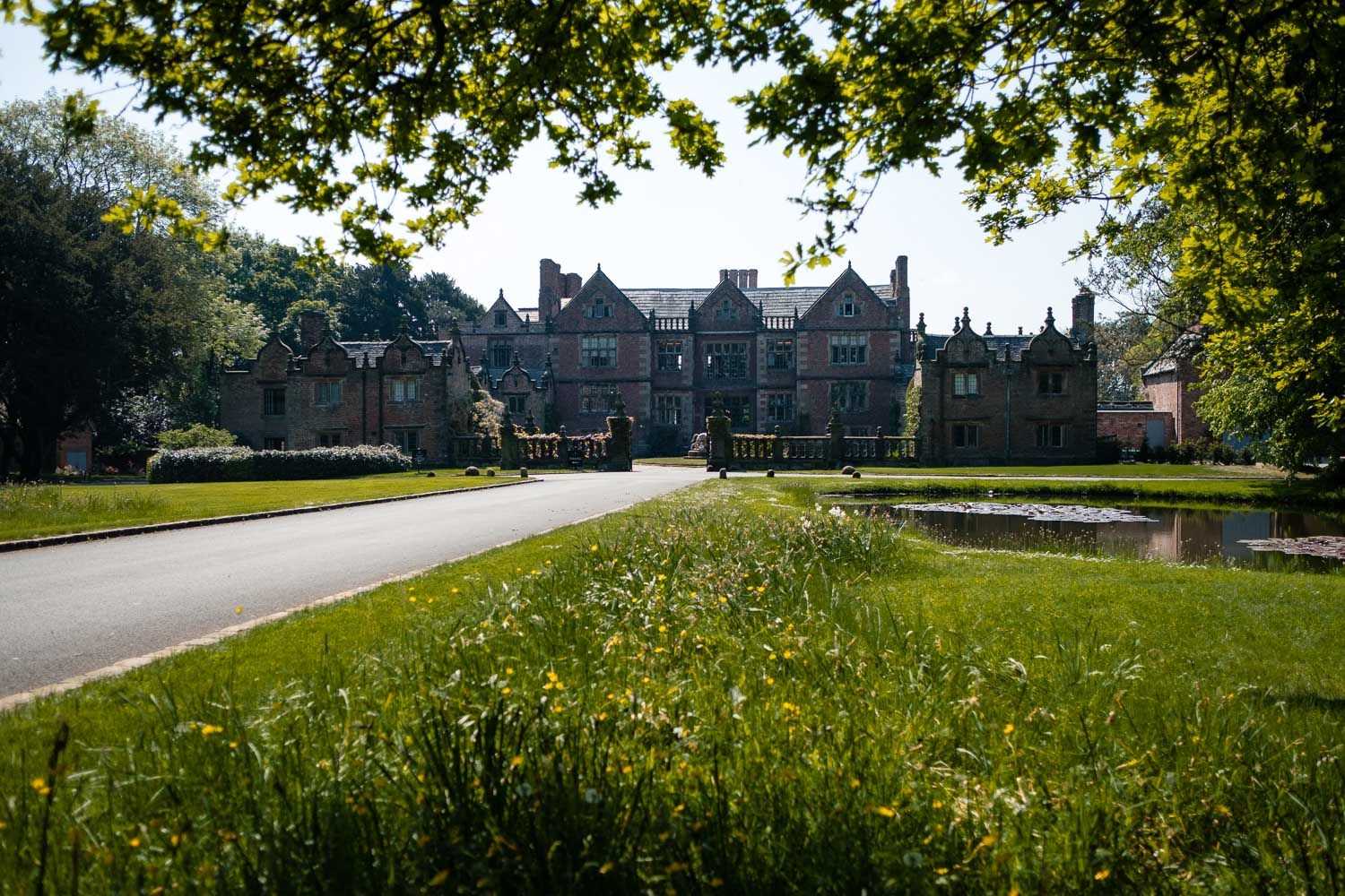 main driveway at dorfold hall, nantwich wedding venue