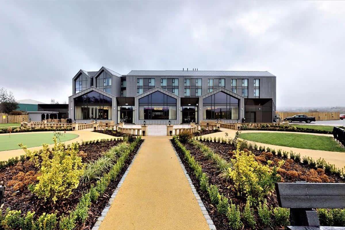 crow wood hotel gardens